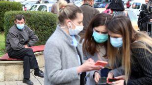 Alergia, grypa czy COVID-19? Wczesne objawy bywają podobne